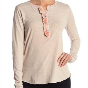NWT LUCKY BRAND washed ruffle Henley tee Large